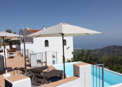G19 - Pool og bagerste terrasse